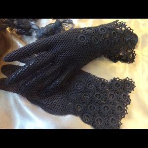 Vintage 1900 Ornate Hand Crochet Above Wrist Glove
